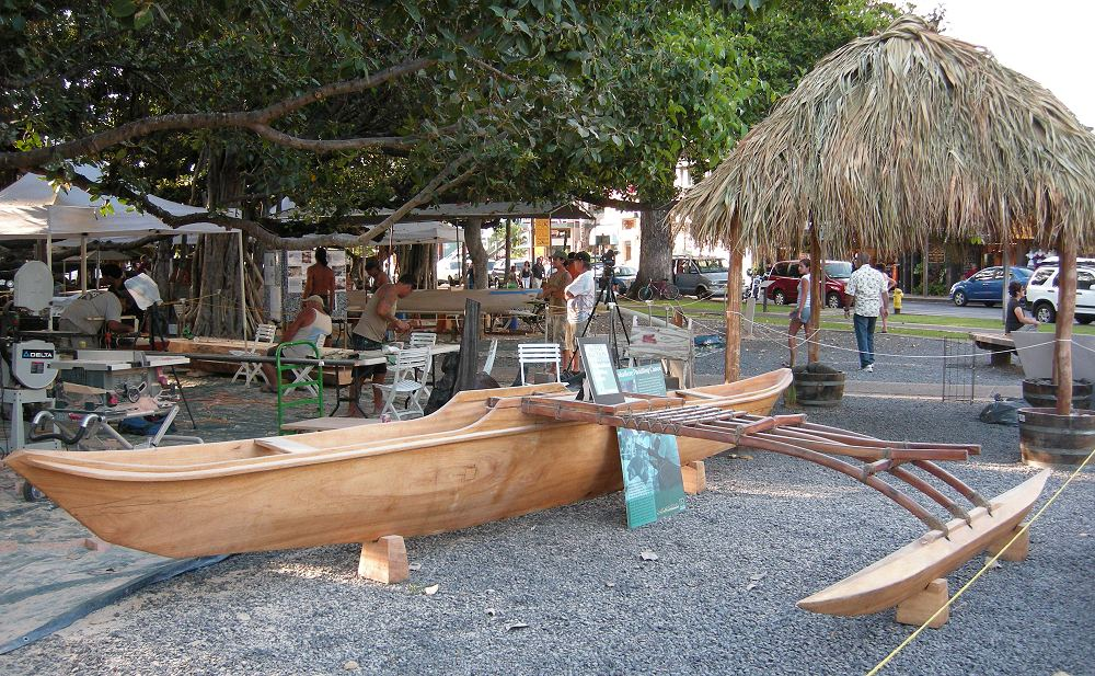 Islands Outrigger Canoe