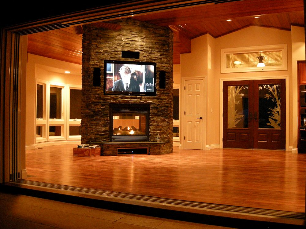 Kimberly mcevoy interior designer maui for Great room fireplace