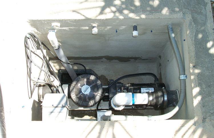 Eric 39 s koi pond biofilter page for Koi pond pump installation
